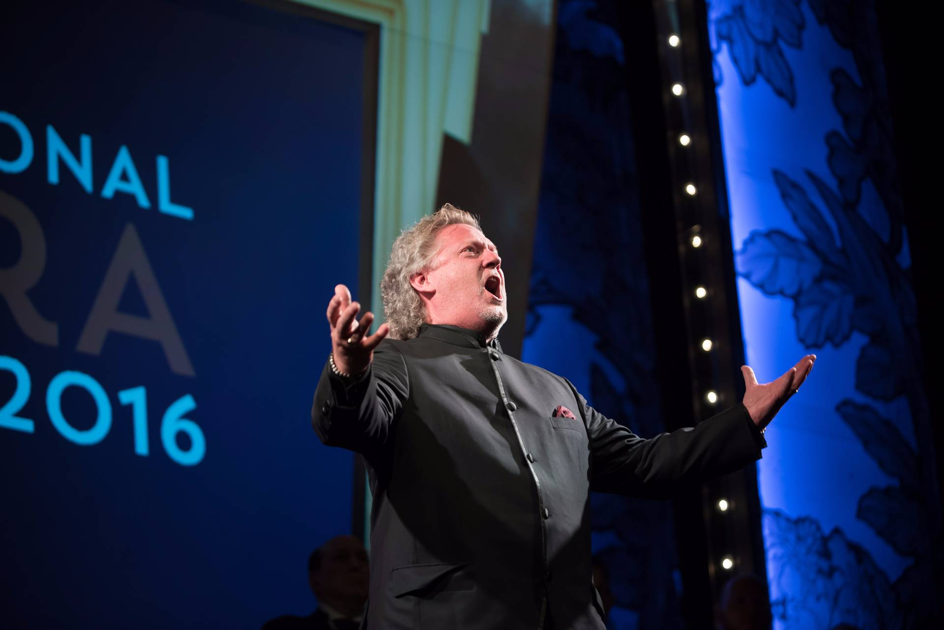Gregory Kunde performs at International Opera Awards 2016