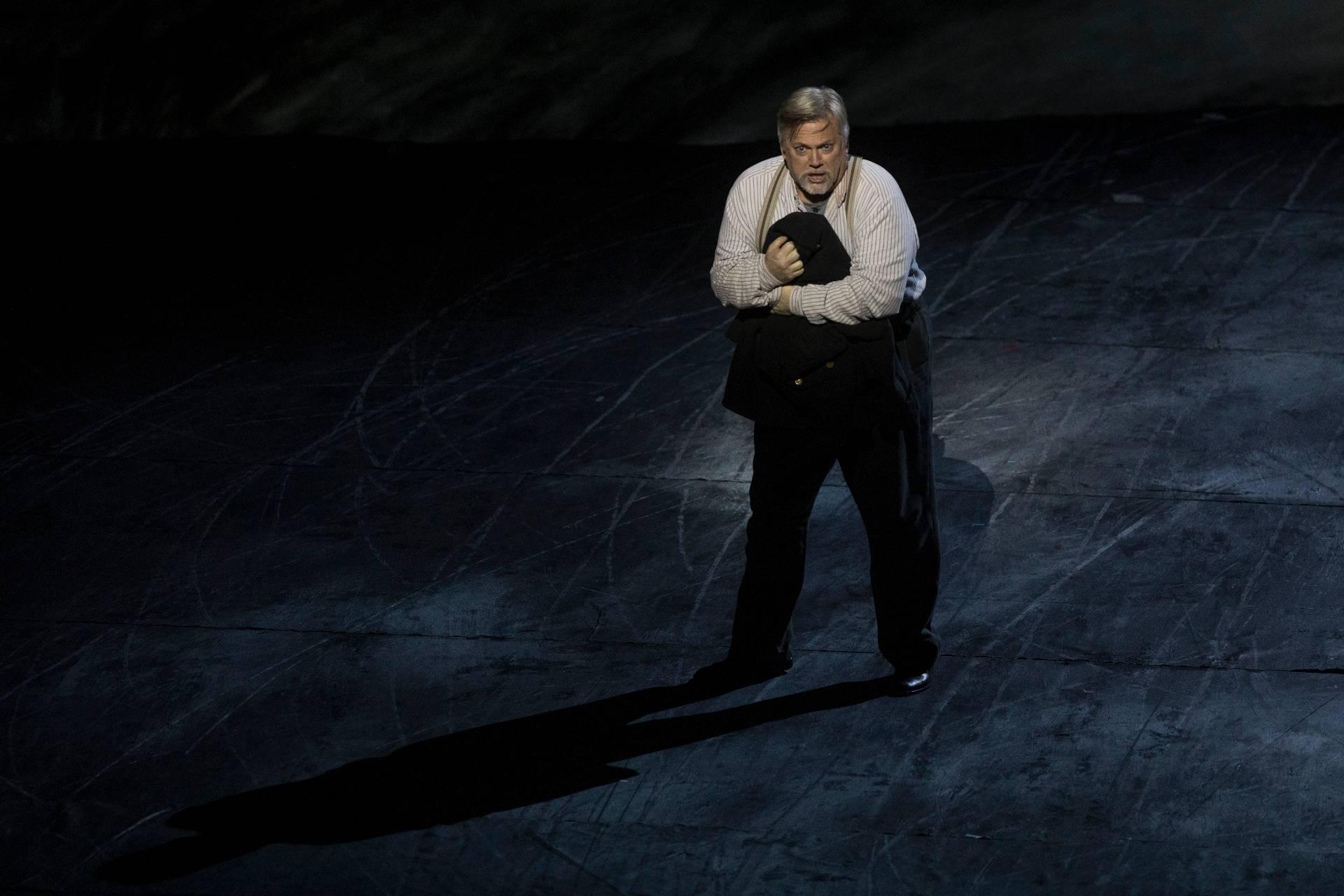 Peter Grimes de Benjamin Britten. Fotografías: Miguel Lorenzo / Mikel Ponce